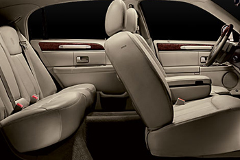 2000+lincoln+town+car+interior