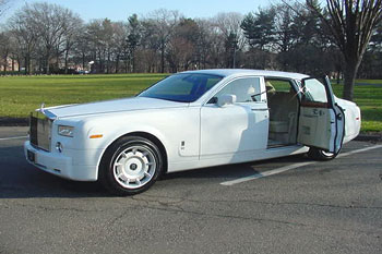 rolls royce phantom limousine - rent a phantom limousine at nj